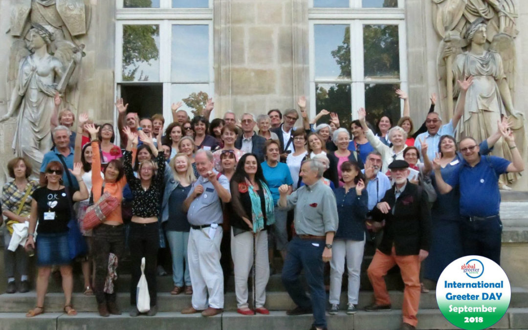Visit Paris: the Greeters celebrate their 50,000th visitor
