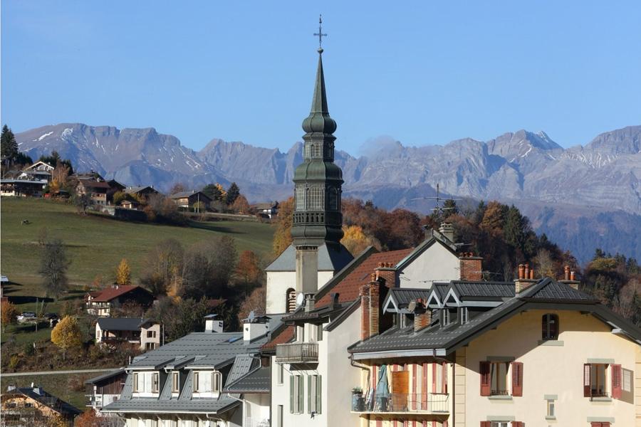 Eglise Saint-Gervais et Saint-Protais. , Chaîne des Aravis